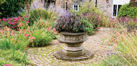English Garden Designs english country garden even a small garden can look wonderfully Sarah Prices Gardens Garden Design Calimesa