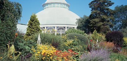 Travel Guide for Victorian Gardens Garden Design Calimesa, CA