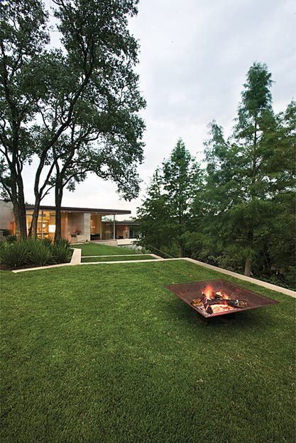 A Tiered Garden In Austin, Article | Garden Design