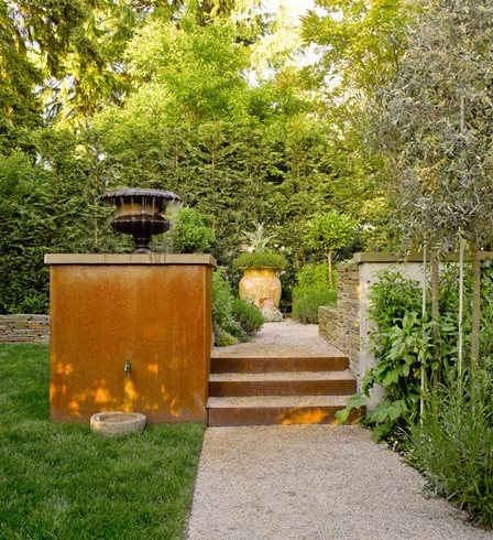 Small Garden, Gravel Path Scot Eckley Inc. Seattle, WA