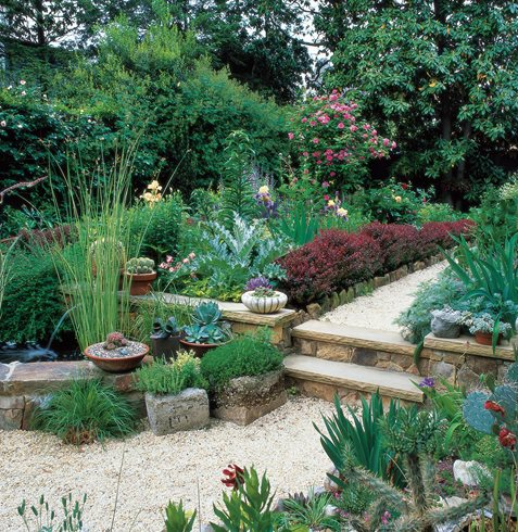 Transform a small garden in 7 simple steps garden design for Bill garden designs