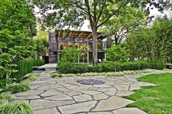 2010 39 s best residential landscapes gallery garden design for Garden design landscaping dallas tx