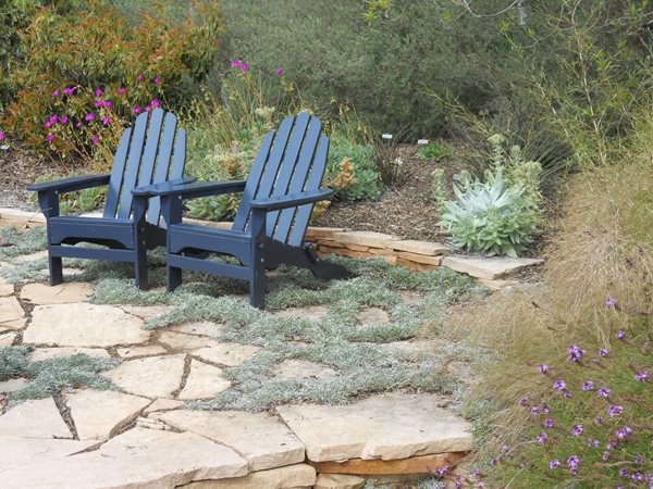 9 Garden Design Ideas to Try in 2013 Garden Design Calimesa, CA