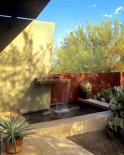 A desert adapted landscape gallery garden design for Garden fountains phoenix
