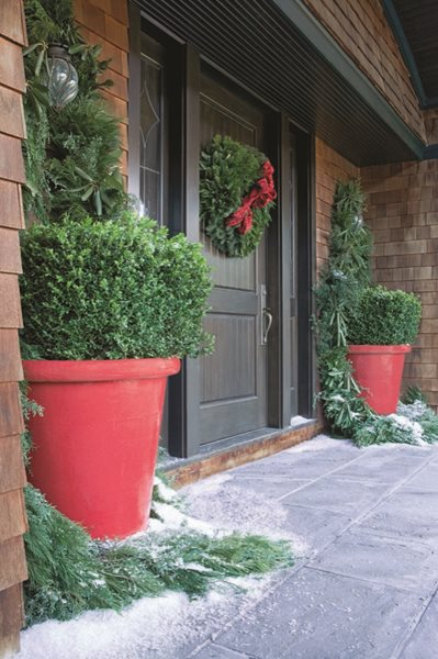 Floral Design for the Holidays  Garden Design Calimesa, CA