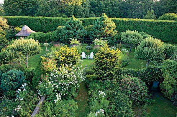 Hamptons gardens gallery garden design for Hamptons home and garden design penarth