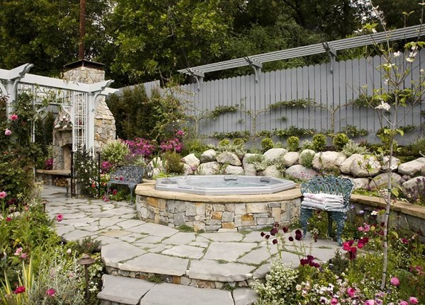 Heather Lenkin's Victorian-Inspired Outdoor Kitchen Garden Design Calimesa, CA