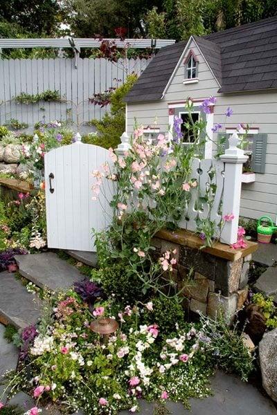 Heather Lenkin S Victorian Inspired Outdoor Kitchen