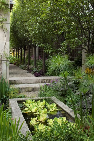 Hoerr schaudt garden in chicago 39 s lincoln park gallery for Landscape design chicago