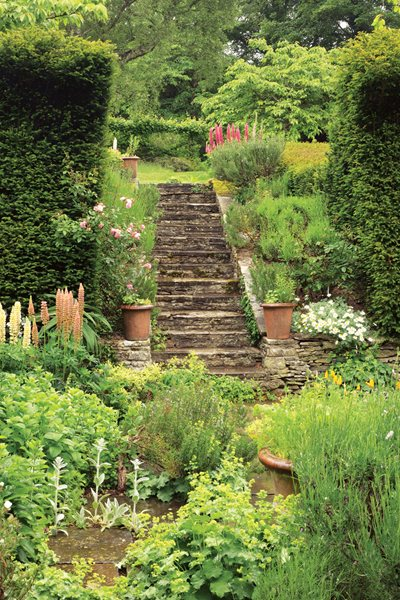 isabel and julian bannerman u0026 39 s romantic english gardens  slide show