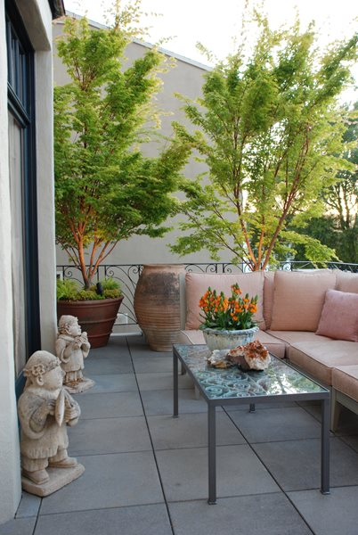 Living Green's terrace at the San Francisco Decorator Showcase Garden Design Calimesa, CA