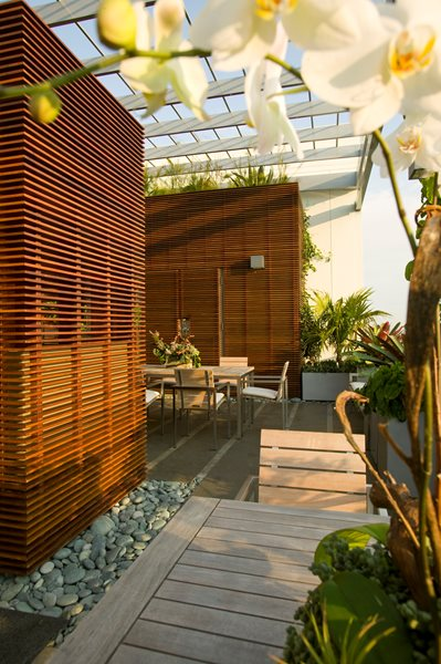 Raymond Jungles' Rooftop Outdoor Kitchen  Garden Design Calimesa, CA