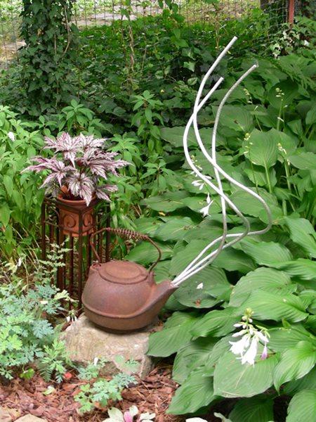 Small Garden, Big Interest - Gallery   Garden Design