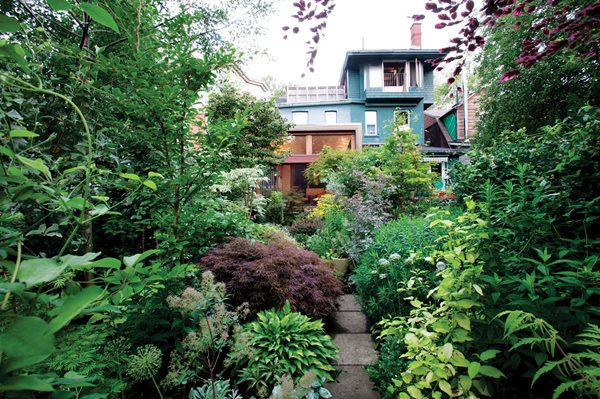 Landscaping Ideas For Front Yard Shade : Toronto shade garden gallery design