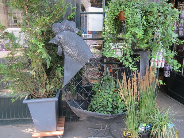 Travel Snapshots: Paris Garden Design Calimesa, CA
