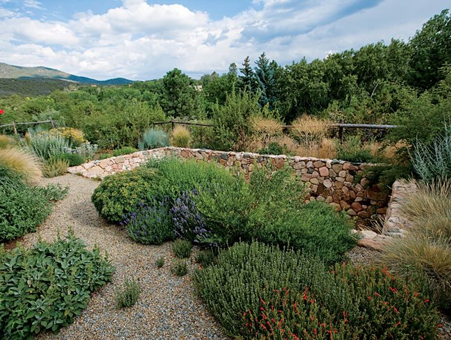 An Eco Friendly Santa Fe Garden Garden Design