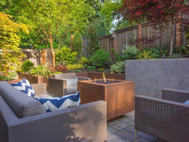 Straight and Narrow Functional Garden in Portland Garden