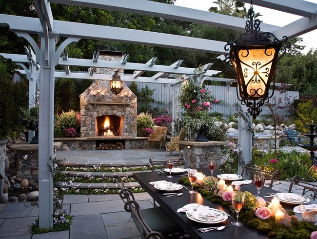 Romantic Outdoor Kitchen by Heather Lenkin | Garden Design