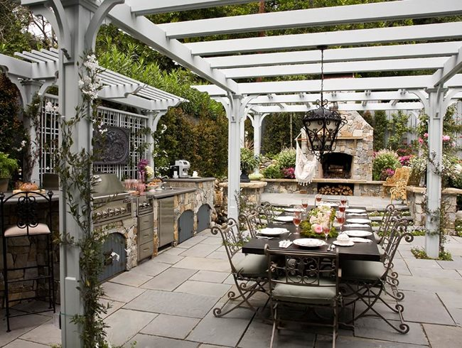 Romantic Outdoor Kitchen By Heather Lenkin Garden Design