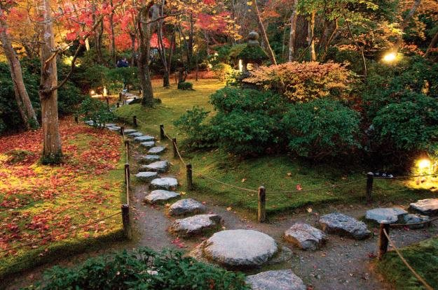 famous japanese gardens essay Below are japan's best gardens according to  kyoto's ryoanji temple is home to the most famous of all stone gardens in japan  everything about japanese gardens.