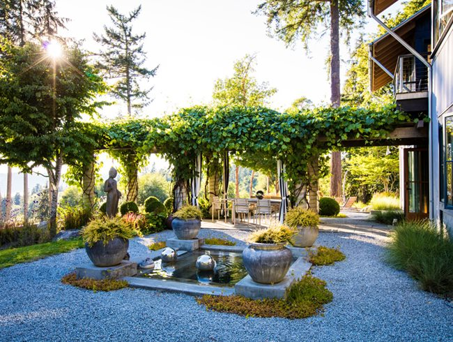 Vashon Island, Fountain Garden David Pfeiffer Garden Design, Inc.