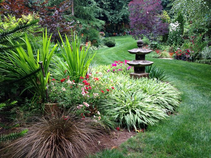 An Eclectic Garden Delights With Unexpected Surprises