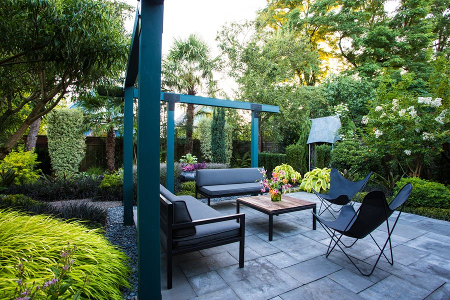 Small Garden Gets Tropical Makeover Garden Design