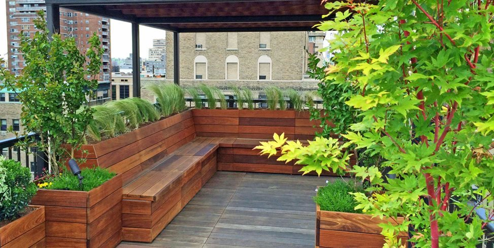 Guide to rooftop gardens garden design for Terrace roof design india