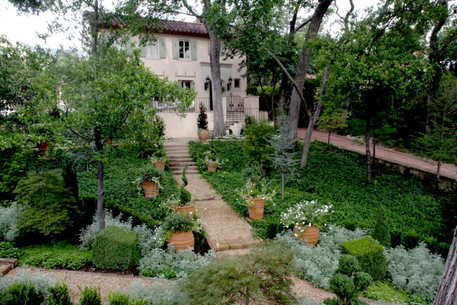 French revival a taste of provence france in dallas for Garden design landscaping dallas tx