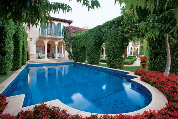 Italy inspired a south florida landscape garden design for Italian pool design 7
