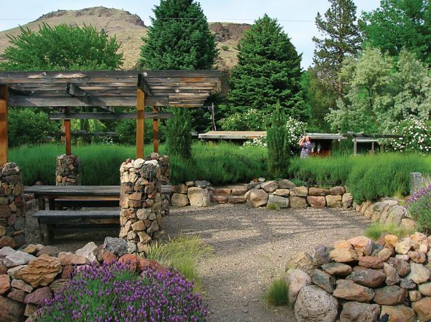 Oregon garden 4