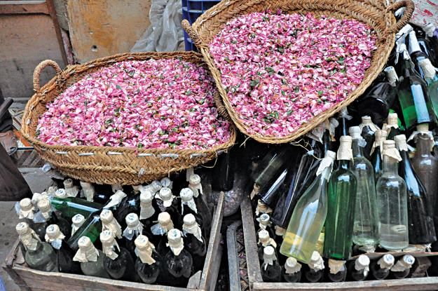 baskets of roses in Morocco