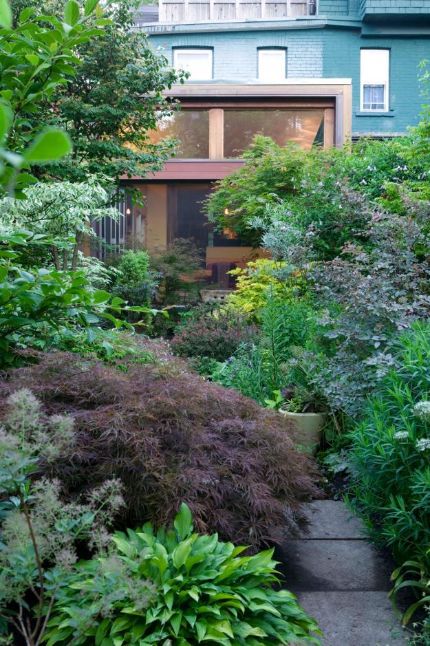 Toronto Garden front