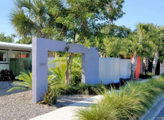 Tropical Modern Front Garden