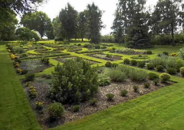 Ontario Herb Garden | Garden Design