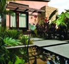 Gabor + Allen Courtyard Garden